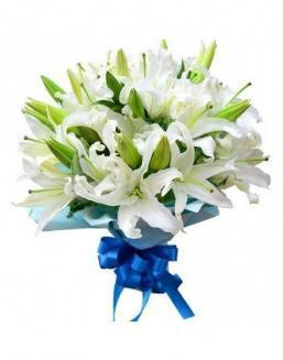 Bouquet of 15 white lilies | Delivery and order flowers in Aktobe